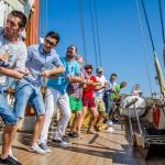 """""""Iubește marea"""":  o campanie care te transformă în marinar pentru o zi"""