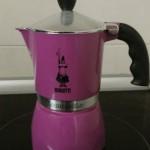 Obiecte din gospodăria italiană: cafetiera