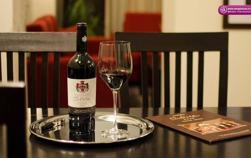 Cherica-Wine-merglamare.ro_