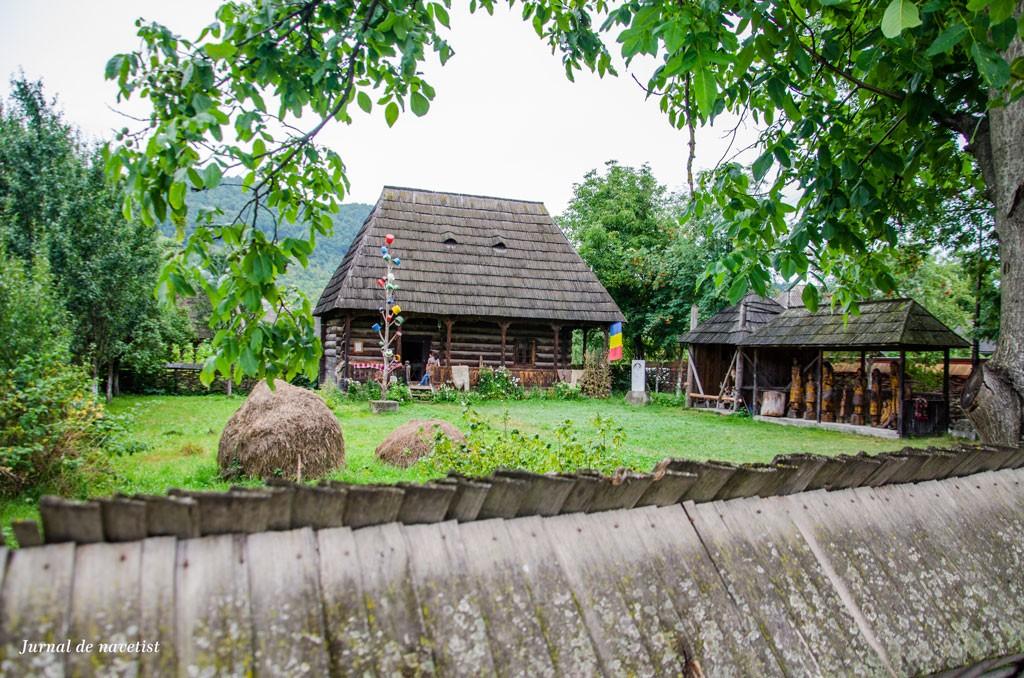 Muzeul-femeii-maramuresence2