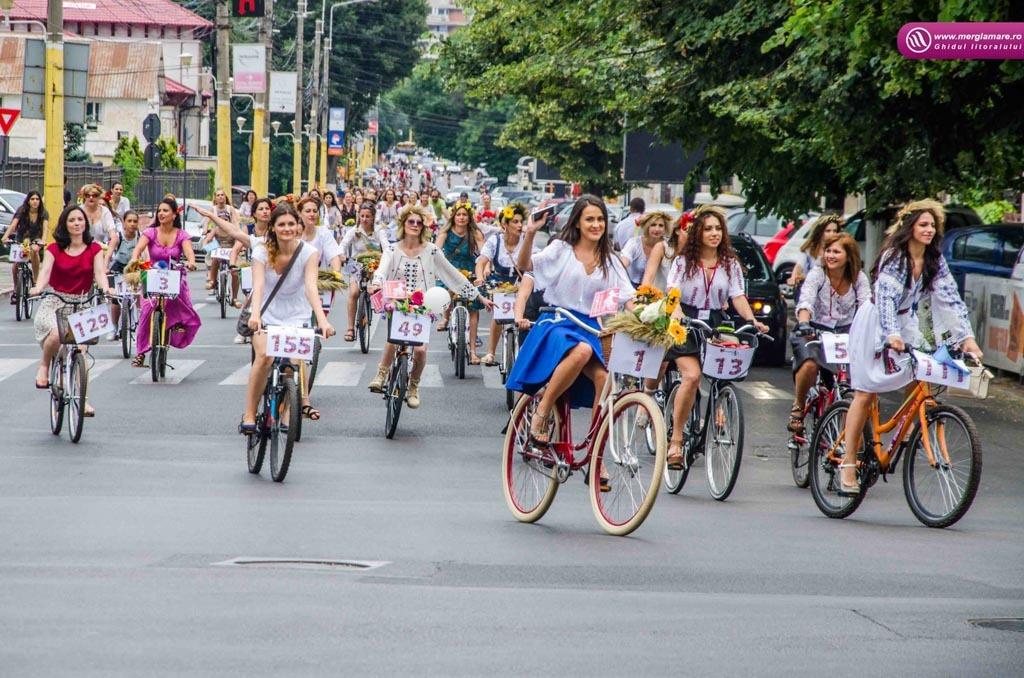 06 Skirt bike 2