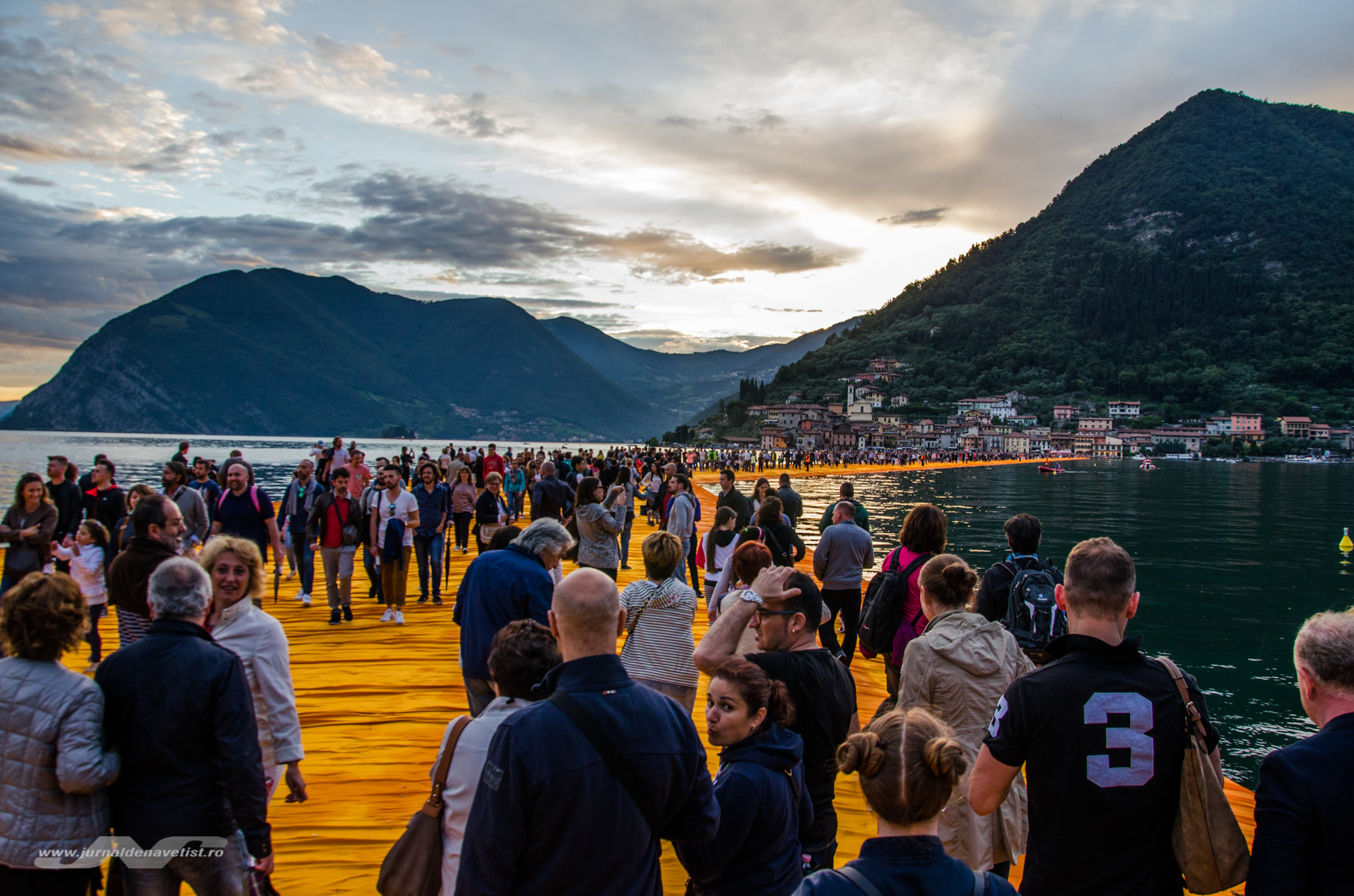 The Floating Piers 7855
