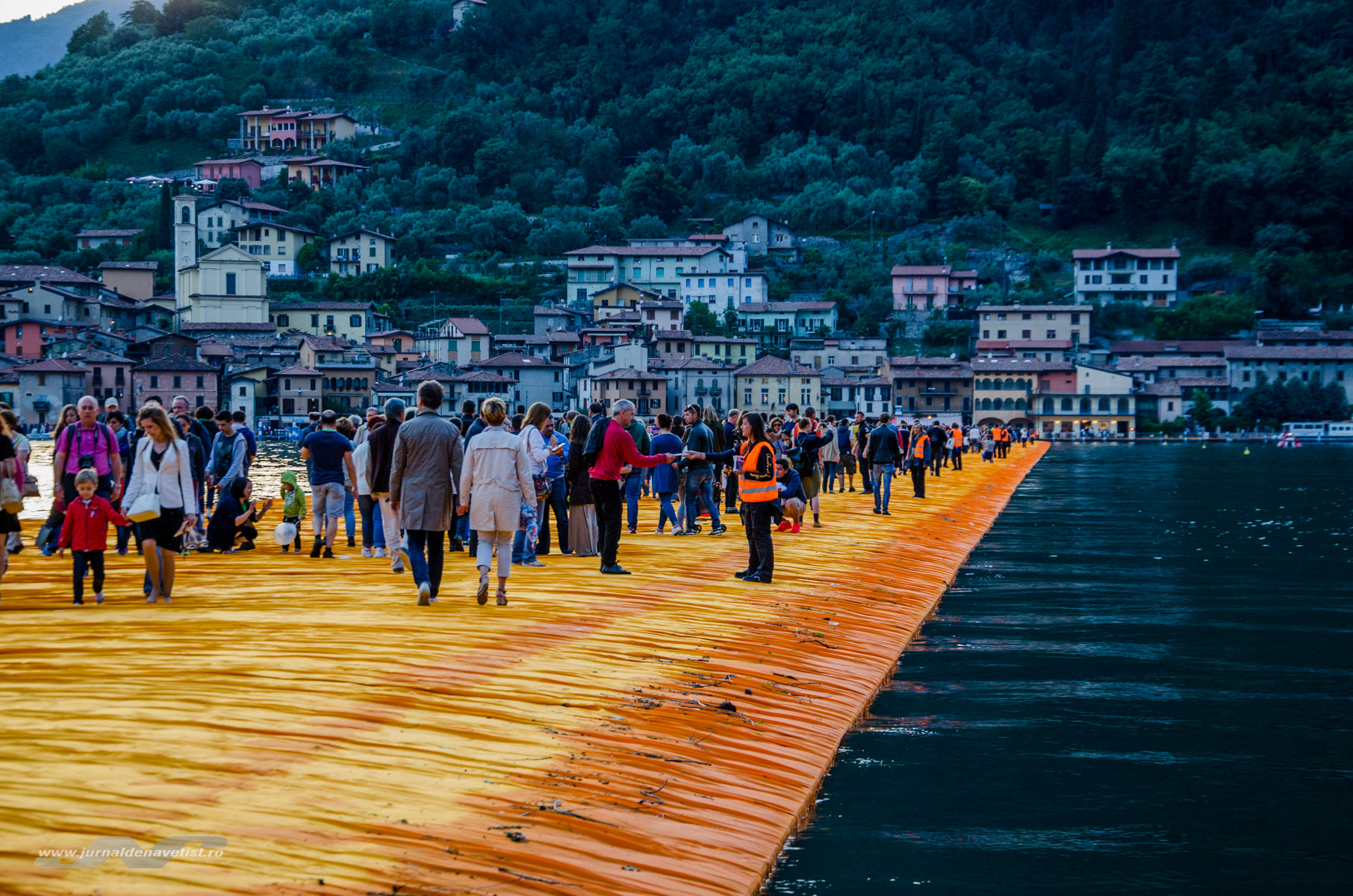 The Floating Piers 7874