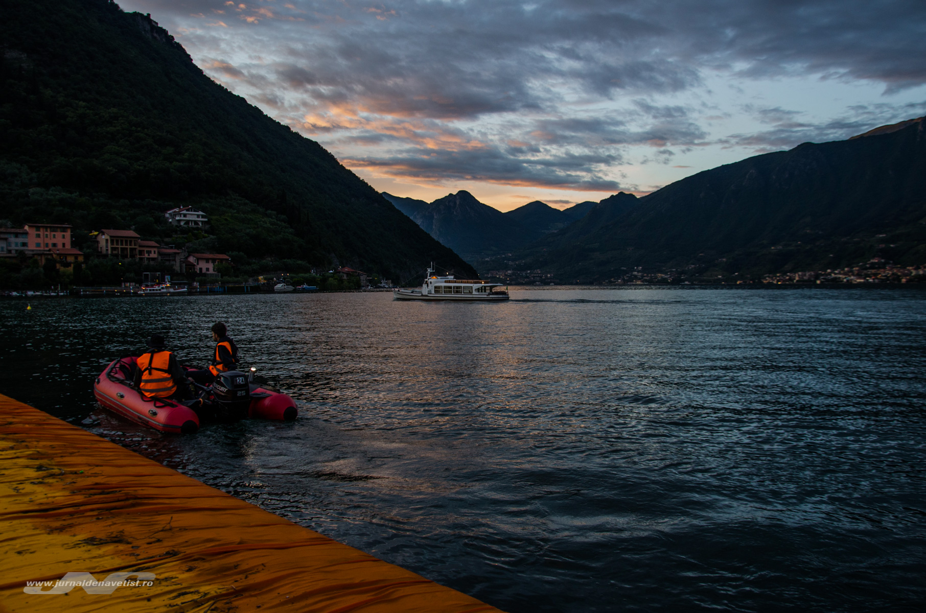 The Floating Piers 7938