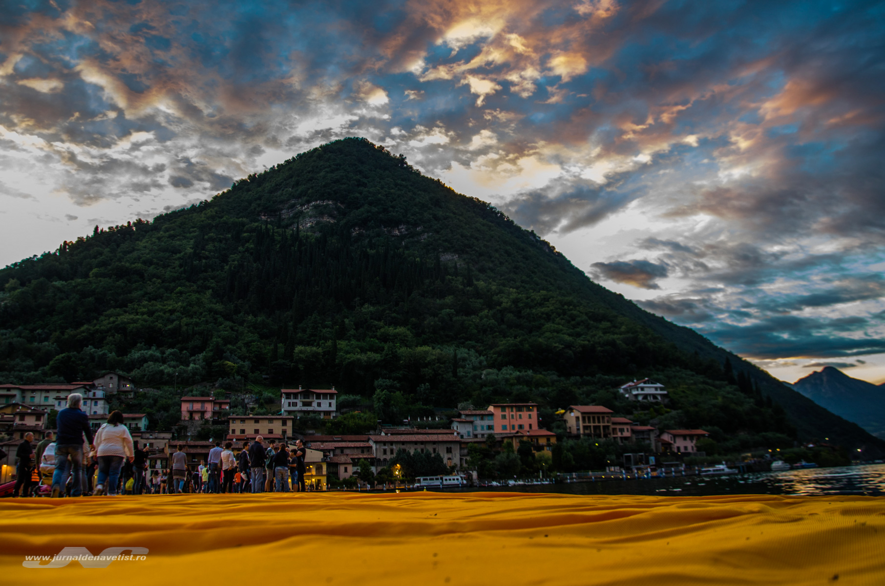 The Floating Piers 8003