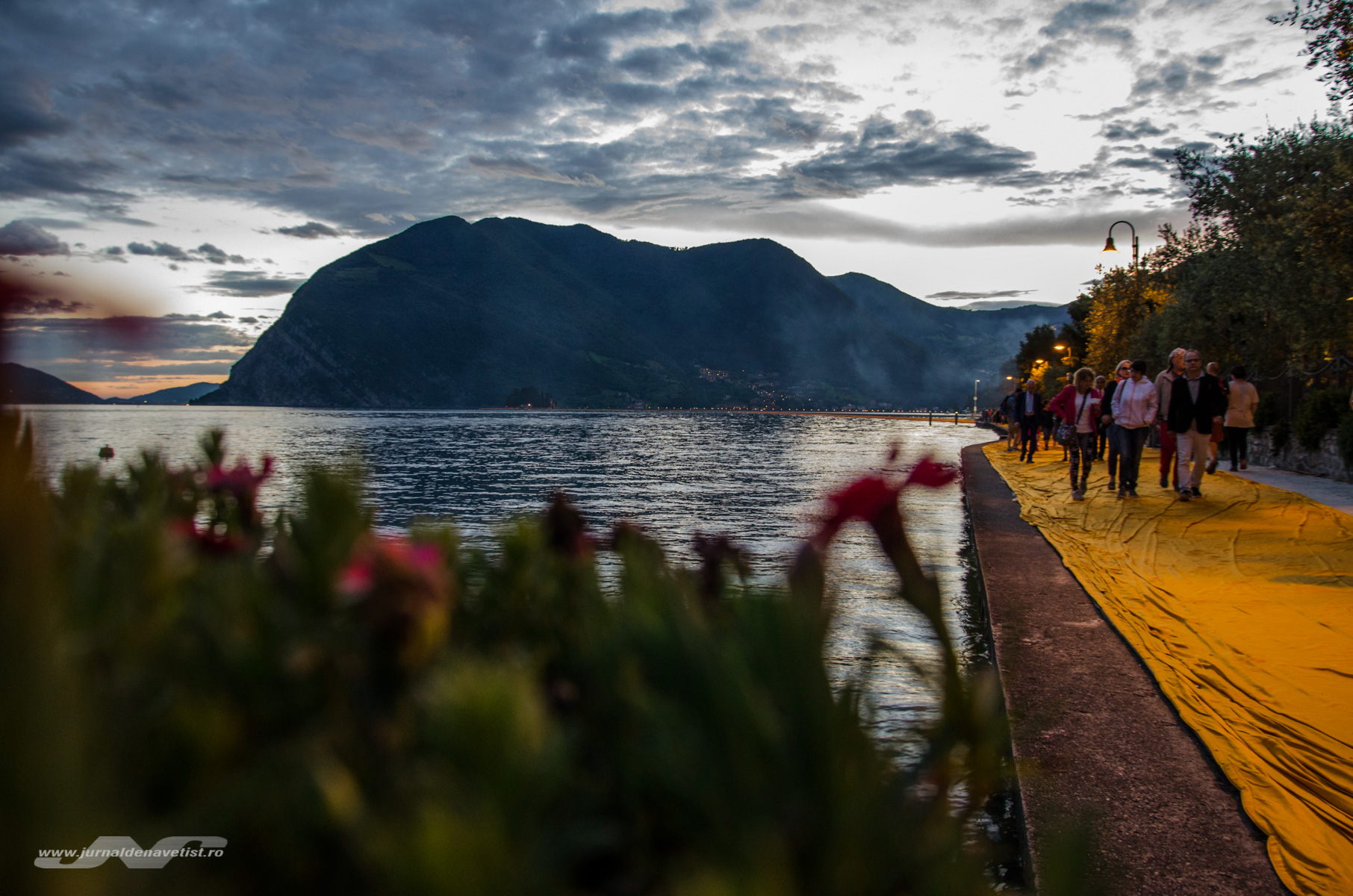 The Floating Piers 8080